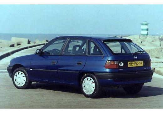 OPEL Astra 1.4 GL air Hatchback II 60KM (benzyna)