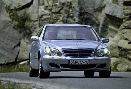 MERCEDES-BENZ Klasa S W 220 II sedan silver grey przedni prawy