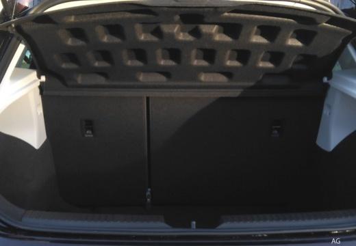 SEAT Leon hatchback przestrzeń załadunkowa