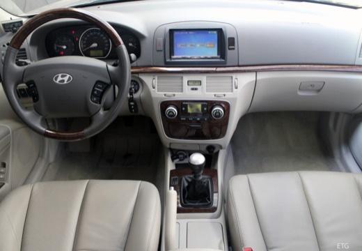 HYUNDAI Sonata VI sedan silver grey tablica rozdzielcza