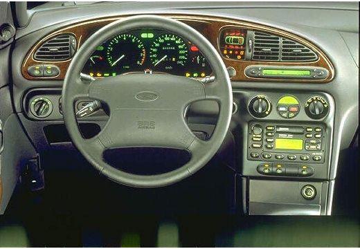 FORD Mondeo II hatchback tablica rozdzielcza