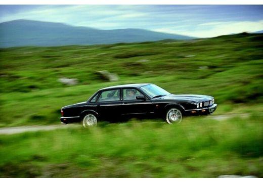 JAGUAR XJ III sedan czarny przedni prawy
