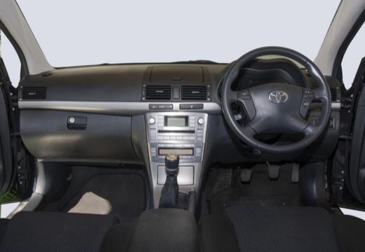 Toyota Avensis IV kombi czarny tablica rozdzielcza