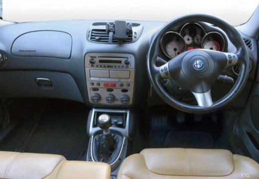 ALFA ROMEO GT coupe tablica rozdzielcza