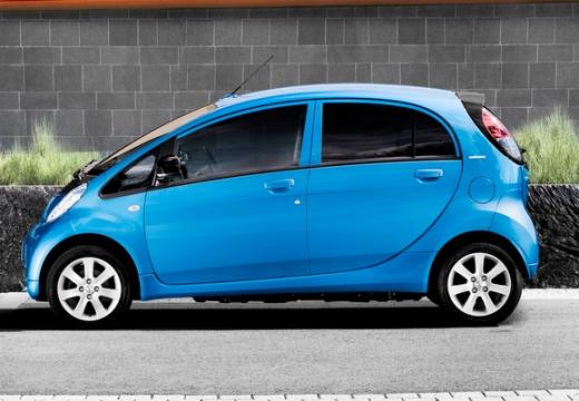 PEUGEOT iOn hatchback niebieski jasny boczny lewy