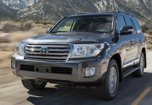 Toyota Land Cruiser kombi silver grey przedni lewy