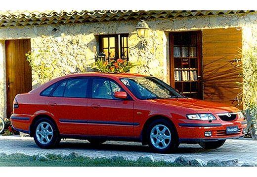 MAZDA 626 hatchback czerwony jasny przedni prawy