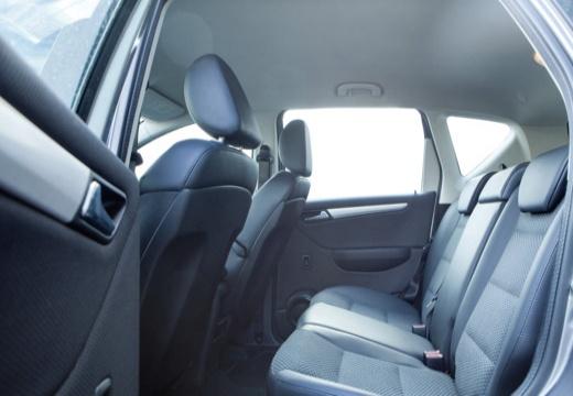 MERCEDES-BENZ Klasa A W 169 II hatchback szary ciemny wnętrze