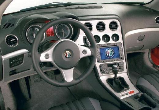 ALFA ROMEO Brera coupe czerwony jasny tablica rozdzielcza