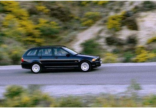 BMW Seria 3 kombi czarny boczny prawy