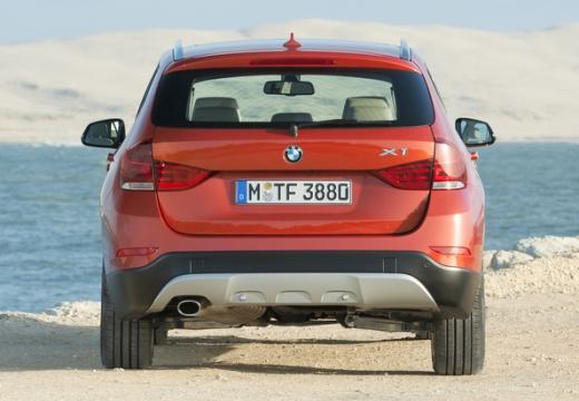 BMW X1 X 1 E84 II kombi pomarańczowy tylny