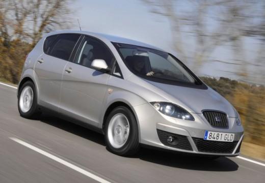 SEAT Altea II hatchback silver grey przedni prawy