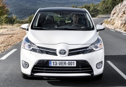 Toyota Verso, универсал, mpv белый передний