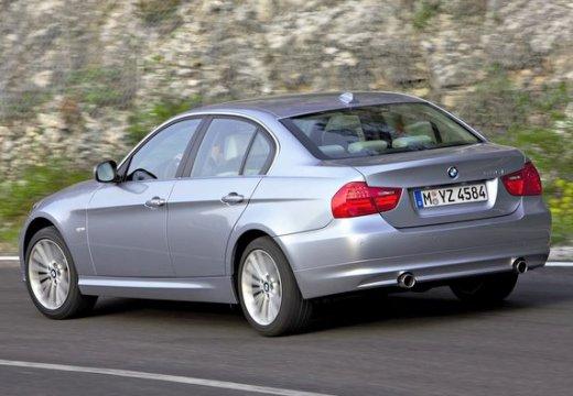 BMW Seria 3 sedan szary ciemny tylny lewy