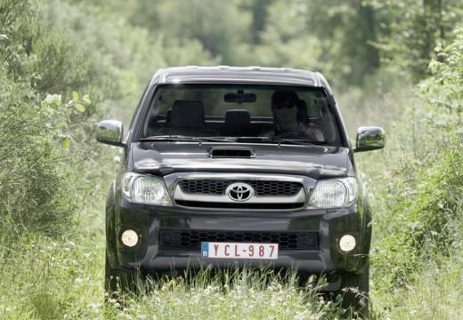 Toyota HiLux pickup szary ciemny przedni