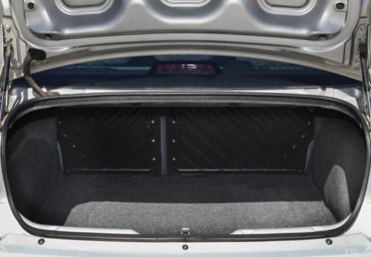 RENAULT Megane Classic III sedan przestrzeń załadunkowa