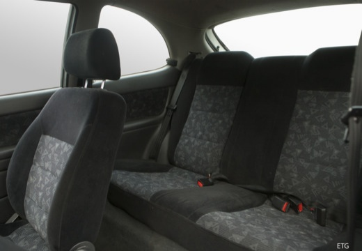 DAEWOO / FSO Lanos FSO hatchback wnętrze