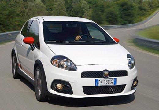 FIAT Punto Grande hatchback biały przedni prawy