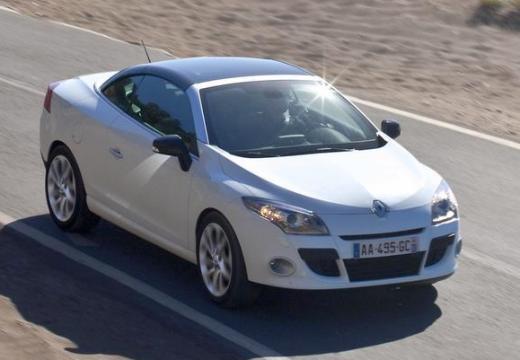 RENAULT Megane III CC kabriolet biały przedni prawy