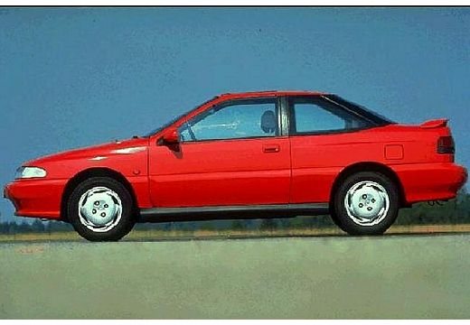 HYUNDAI S- Coupe I coupe czerwony jasny boczny lewy