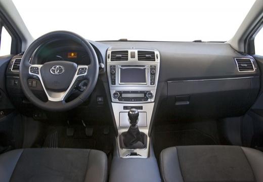 Toyota Avensis sedan silver grey tablica rozdzielcza
