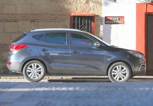 HYUNDAI ix35 I kombi silver grey boczny prawy