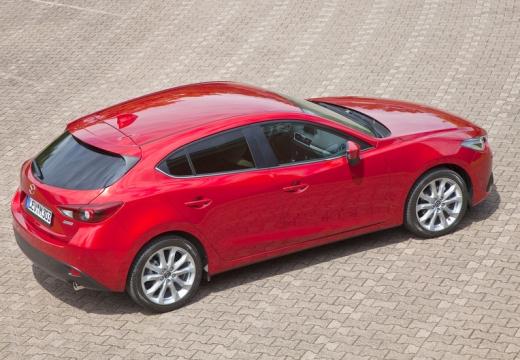 MAZDA 3 V hatchback czerwony jasny tylny prawy