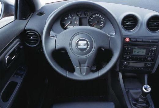 SEAT Cordoba III sedan tablica rozdzielcza