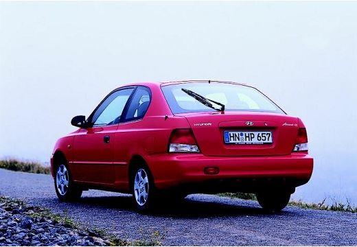 HYUNDAI Accent II hatchback czerwony jasny tylny lewy