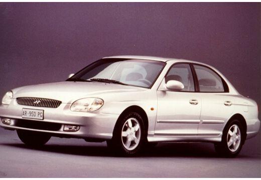 HYUNDAI Sonata IV sedan silver grey przedni lewy