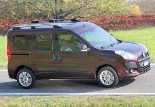 FIAT Doblo III kombi fioletowy przedni prawy