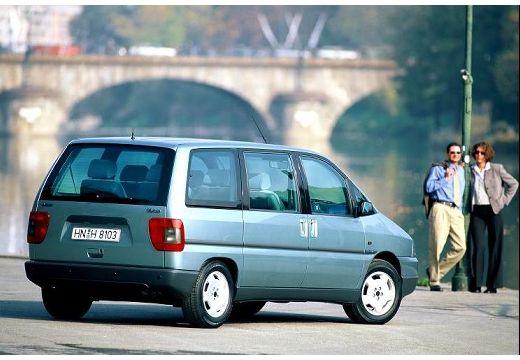 FIAT Ulysse II van niebieski jasny tylny prawy