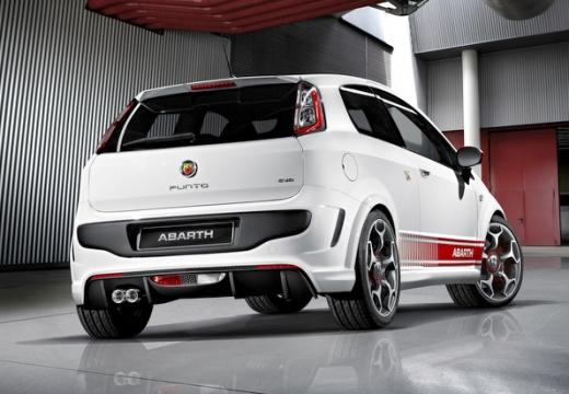 FIAT Punto Evo hatchback biały tylny prawy