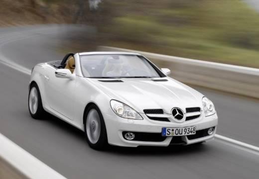 MERCEDES-BENZ Klasa SLK roadster biały przedni prawy