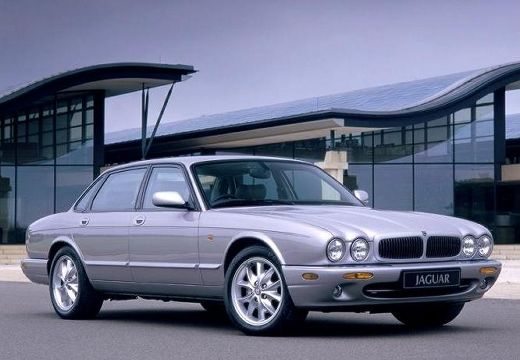 JAGUAR XJ III sedan silver grey przedni prawy