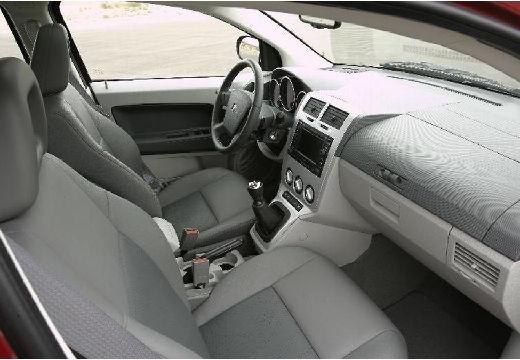DODGE Caliber II hatchback wnętrze