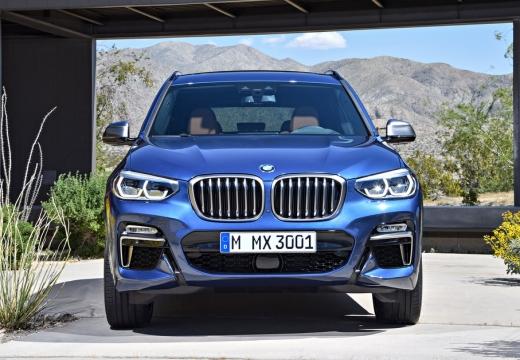 BMW X3 kombi niebieski jasny przedni