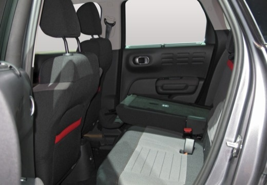CITROEN C3 Aircross hatchback wnętrze