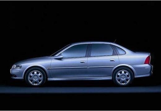 OPEL Vectra B II sedan silver grey boczny lewy