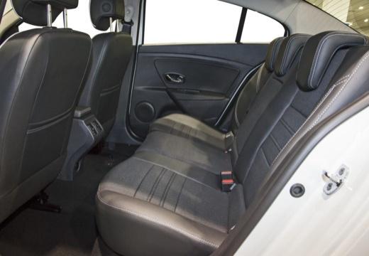 RENAULT Fluence sedan wnętrze