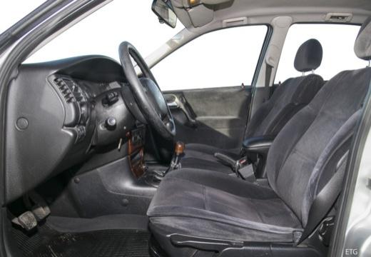 OPEL Vectra B II sedan wnętrze