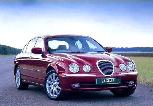 JAGUAR S-Type sedan bordeaux (czerwony ciemny) przedni prawy