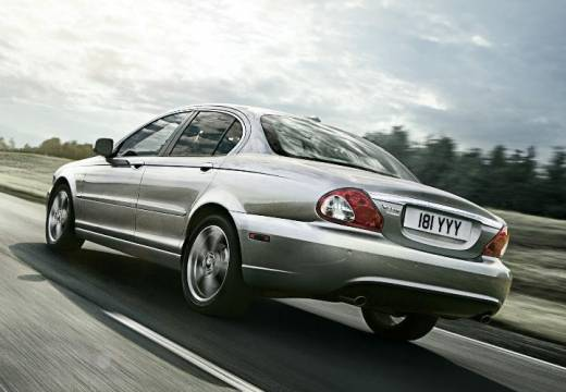 JAGUAR X-Type sedan silver grey tylny lewy