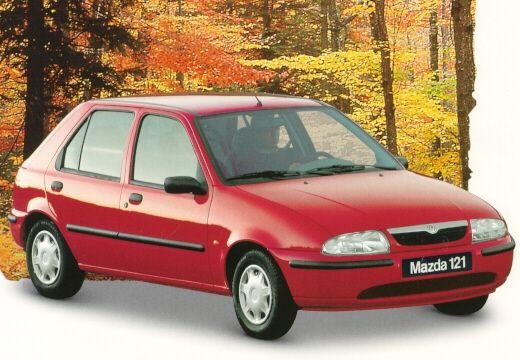 MAZDA 121 hatchback czerwony jasny przedni prawy