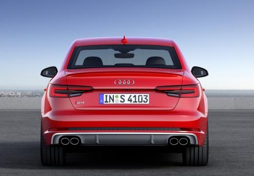 AUDI A4 I sedan czerwony jasny tylny