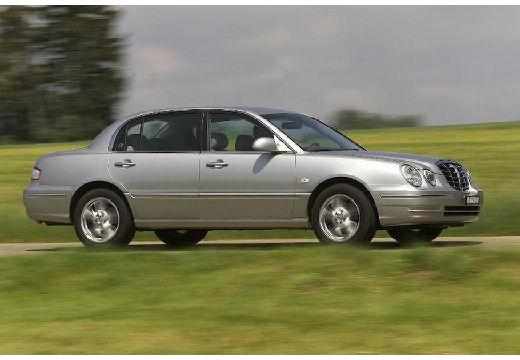 KIA Opirus sedan silver grey przedni prawy