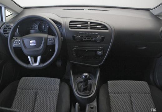 SEAT Leon III hatchback tablica rozdzielcza