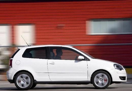 VOLKSWAGEN Polo IV II hatchback biały boczny prawy