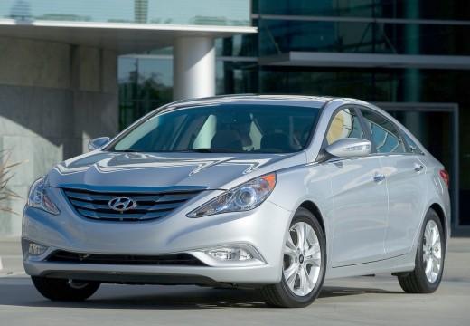 HYUNDAI Sonata sedan silver grey przedni lewy