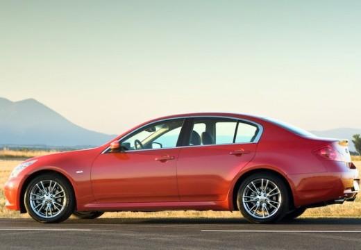 INFINITI G37 sedan czerwony jasny tylny lewy